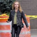 Diane Kruger in Skinny Black Leather Pants – Los Angeles 9/21/2016 - 454 x 696