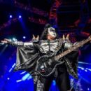 Kiss & Def Leppard live at Ohio's  Blossom Music Center, August 26, 2014
