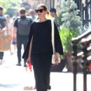 Olivia Palermo out for a walk in New York City - 454 x 556
