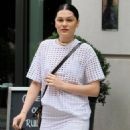 Jessie J is spotted out and about on September 4, 2015 in New York City - 454 x 570