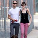 Anne Hathaway and fiance Adam Shulman walking Esmeralda in Brooklyn, NY (August 25) - 454 x 710