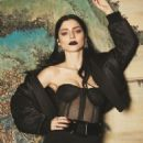 Merve Bolugur - Vogue Magazine Pictorial [Turkey] (March 2017) - 454 x 681