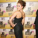 Susie Castillo - 2006 MTV Video Music Awards - 454 x 714
