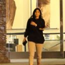 Kylie Jenner – Night out in Calabasas - 454 x 557