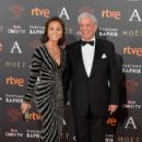 Isabel Preysler and Mario Vargas Llosa- Goya Cinema Awards 2016 - 399 x 600