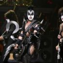 Gene Simmons of Kiss performs during the VH1 Rock Honors at the Mandalay Bay Events Center on May 25, 2006 in Las Vegas, Nevada - 454 x 293