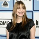 Amber Benson Arrives At The 2008 Film Independent's Spirit Awards - 454 x 608