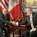 George W. Bush - 454 x 303