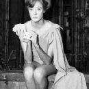 Maggie Smith - 454 x 606