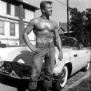 Richard Harrison (actor) - 454 x 566