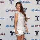 """Marlene Favela: Awards """"Tu Mundo"""" 2012"""