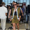 Demi Lovato – Seen At LAX Airport - 454 x 607