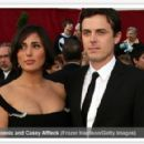 Casey Affleck and Summer Phoenix - 454 x 291