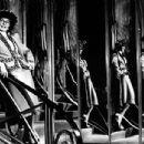Katharine Hepburn On Stage In ''coco'' - 400 x 304