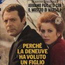 Catherine Deneuve and Marcello Mastroianni - 454 x 518