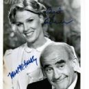 Mariette Hartley & Ed Asner - 454 x 593