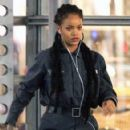 Rihanna on the set of 'Oceans Eight' spotted filming scenes at Times Square building in Midtown Manhattan, New York City December 10, 2016 - 422 x 600