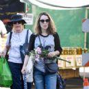 Rachel McAdams – Shopping at Farmers Market in Los Angeles - 454 x 715