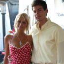 Jason Shaw and Paris Hilton - 454 x 544