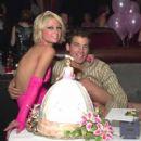 Jason Shaw and Paris Hilton - 400 x 425
