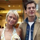 Jason Shaw and Paris Hilton - 454 x 394