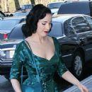Dita Von Teese Arriving At A Hotel In Manhattan, 2008-04-16
