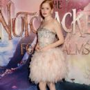 Ellie Bamber – 'The Nutcracker and the Four Realms' Premiere in London - 454 x 680