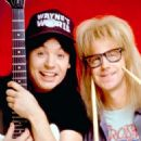 Mike Myers and Dana Carvey in Wayne's World (1992) - 454 x 655