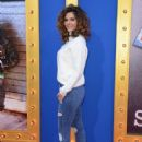 Maria Menounos- Premiere of Universal Pictures' 'Sing' - Arrivals - 454 x 638