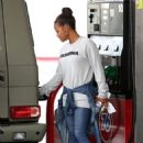 Christina Milian at a gas station in Beverly Hills - 454 x 681