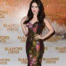 Lily Collins attended the Paris premiere of her brand new film Blanche Neige (Mirror, Mirror), April 1