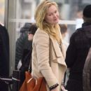 Julia Stiles Jfk Airport In Nyc