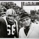Ray Nitschke With Coach Vince Lombardi - 454 x 370