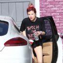 Bella Thorne – Films a music video in Beverly Hills - 454 x 681
