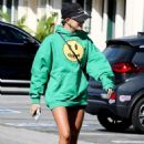 Hailey Bieber – Goes for an early morning gym session with a friend in West Hollywood
