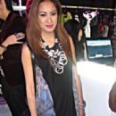 Laureen Uy - 321 x 584