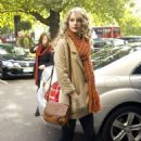 Taylor Swift - Returning To Her London Hotel - October 21, 2010