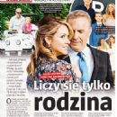 Christine Baumgartner and Kevin Costner - Tele Tydzień Magazine Pictorial [Poland] (4 October 2019)
