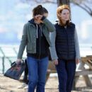 """Kristen Stewart and Julianne Moore on the set of """"Still Alice"""" in New York City (March 14, 2014)"""