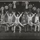 The Pajama Game Original 1954 Broadway Cast Starring John Raitt and Janis Paige . In 1957 Doris Day Starred In The Movie Version Again With John Raitt - 454 x 367