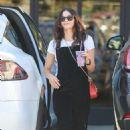Jenna Dewan – Hits up Earth Bar in Los Angeles