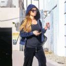 Paris Hilton – Leaves a parking structure in Beverly Hills