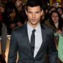 "Taylor Lautner Talks Fight Scene in ""Abduction"""