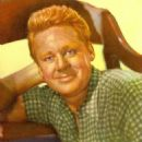 Van Johnson - 454 x 513
