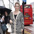 Diana Vickers - Jaeger Fashion Show at London FW - 19.02.2011