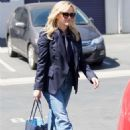 Reese Witherspoon – Shopping in Brentwood