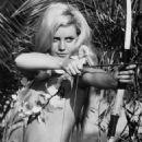Catherine Schell in Lana - Königin der Amazonen (1964) - 454 x 593