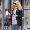 Sienna Miller was spotted out and about in the SoHo neighborhood of Manhattan doing some shopping today (December 3).