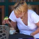 Mischa Barton - Out To Eat & Hitting The Gym, 2010-04-07