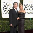 Kurt Russell and Goldie Hawn : 74th Annual Golden Globe Awards